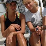 Сестры близнецы на курорте