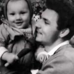 Маленький Коля с отцом