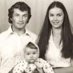 Оксана с родителями