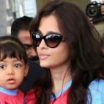 Актриса с малышкой Аарадхией