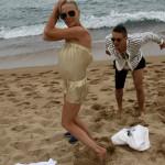 Константиновы развлекаются на пляже
