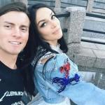 Алексей Комов с женой