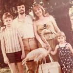 Маленькая Настя с родителями