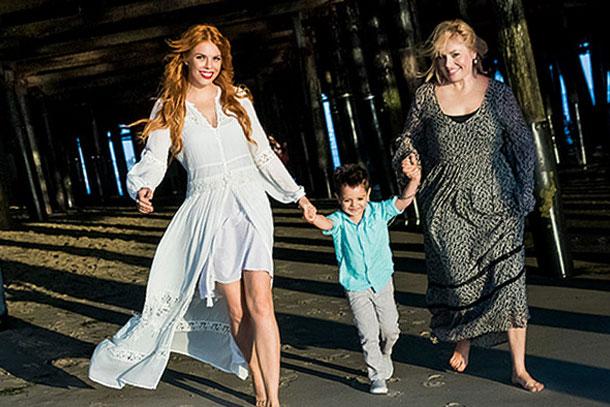 Анастасия с мамой и сыном