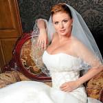 Анна в свадебном платье