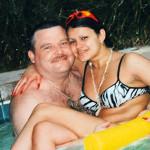 Ирина и Михаил Круг в бассейне