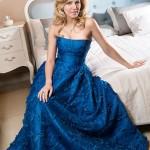 В вечернем платье