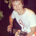 Детское фото с гитарой