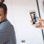 Ольга фотографирует мужа с дочкой