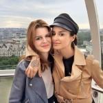 С дочкой Меланией