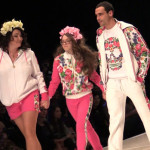 Лолита на показе мод с дочерью и мужем