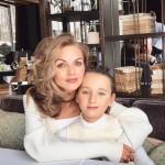 Невестка Матвиенко с дочкой