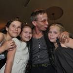 Актер вместе с дочерьми