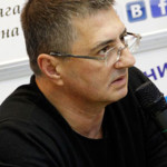 Главврач кремлевской больницы дает интервью