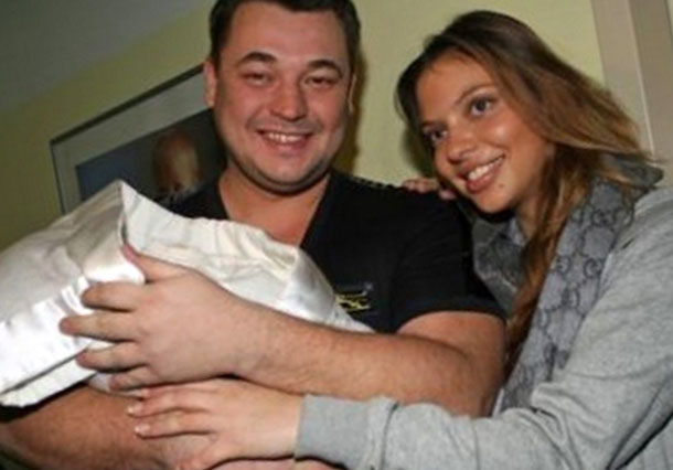 После рождения дочери Ники
