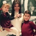 Алиса с дочерью и сыном