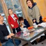Семья Добровольской в домашней обстановке
