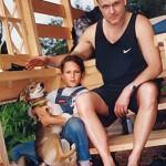 Актер с младшей дочерью