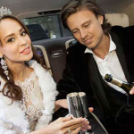 Певец с бывшей невестой Анной Калашниковой в лимузине