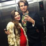Певец с беременной Анной Калашниковой