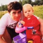 Сергей с маленькой Ольгой