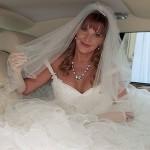 Актриса в свадебном платье