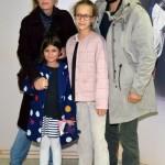 Павел Сафонов с семьей
