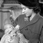 Елизавета со своим малышом