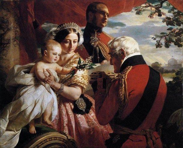 Королева с сыном