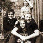 Анна и Татьяна с родителями