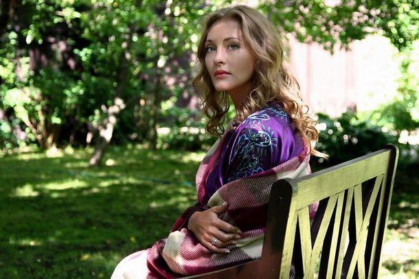Красивая и талантливая женщина