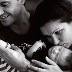 Молодые родители с малышом Тьяго