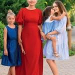 С дочками Серафимой, Аграфеной и Глафирой