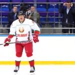 Александр Лукашенко принял участие в хоккейном матче