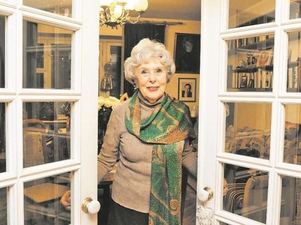 Вера Васильева показывает свой дом