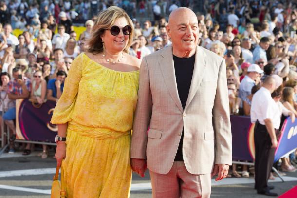 Как выглядит жена Владимира Познера