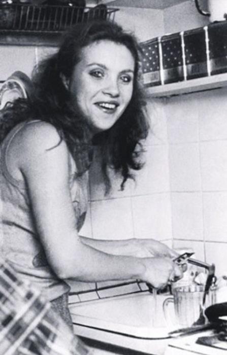 Валентина - первая жена Николая Расторгуева