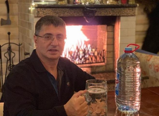 Где проживает известный врач Александр Мясников