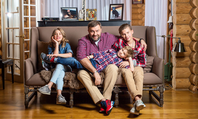 Где проживает Михаил Пореченков: русская усадьба актера