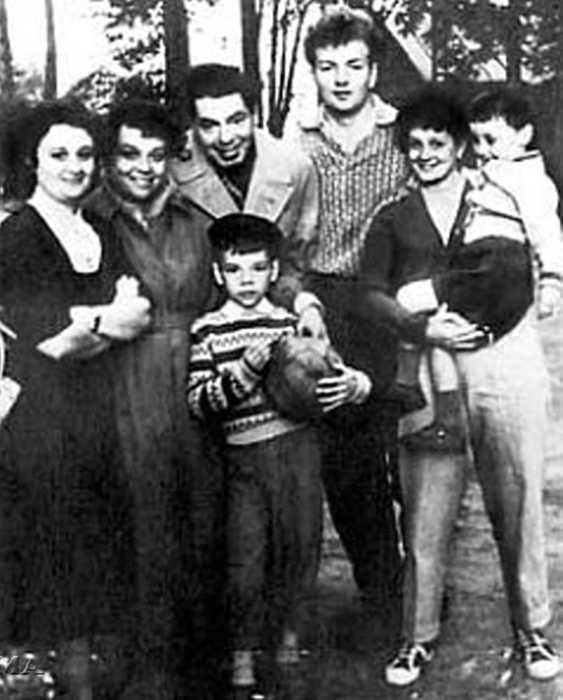 Михаил Державин с семьей Аркадия Райкина