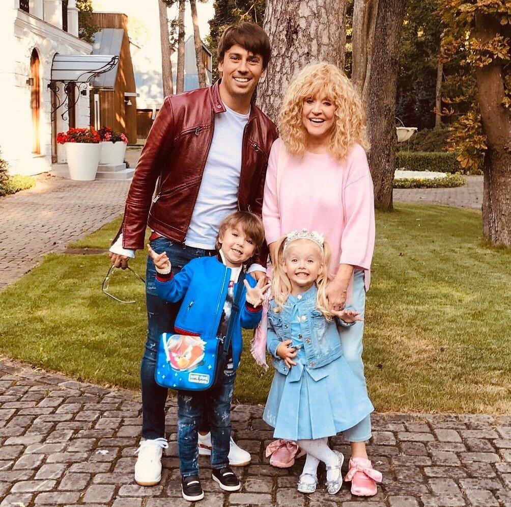 Жена и дети Максима Галкина
