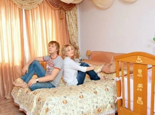 Где живет известный юморист, актер и продюсер Сергей Светлаков