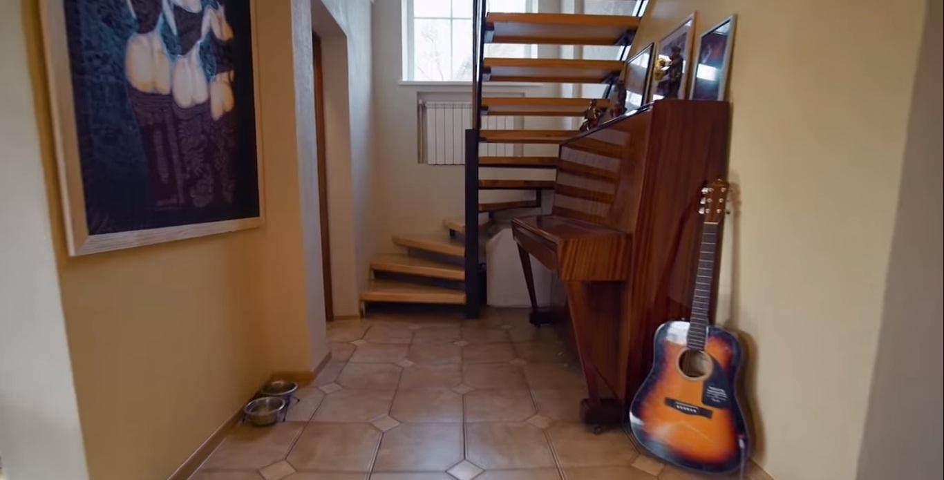 Загородный дом певицы Бьянки: простор и свет в минимализме