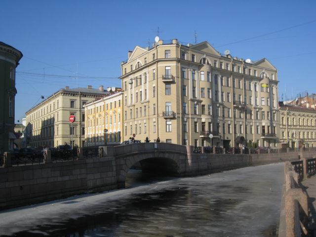 Где живет заслуженный артист Михаил Боярский