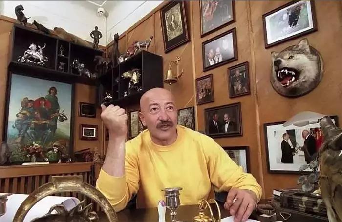 Квартира музыканта Александра Розенбаума
