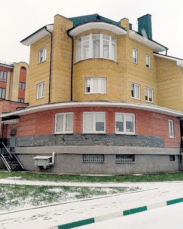 Уютный дом-корабль Антона и Виктории Макарских