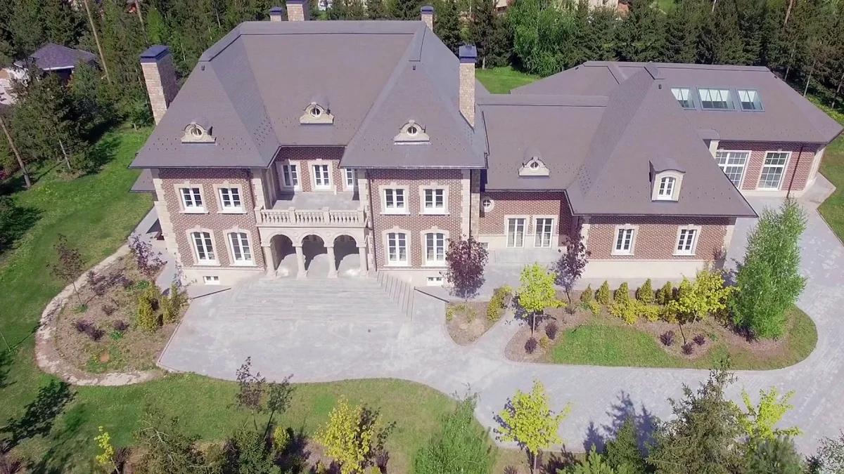 Как выглядит дом Эмина Агаларова на Рублевке