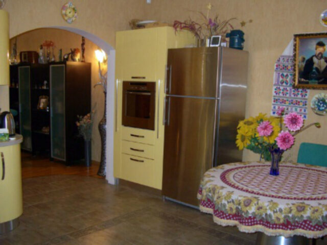 Богатые интерьеры киевского особняка Таисии Повалий