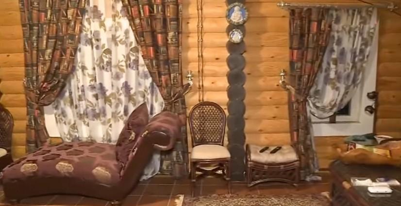 Как выглядит особняк Лолиты в Болгарии