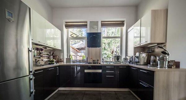 Как выглядит загородный дом Родиона Газманова